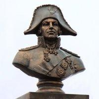 Памятник Ф.Ф.Ушакову. :: веселов михаил