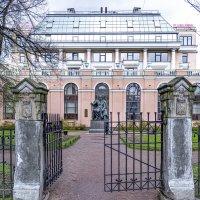 Старо-Манежный сад :: Виктор Орехов