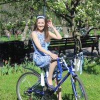 девушка велосипедистка :: Pavlov Filipp
