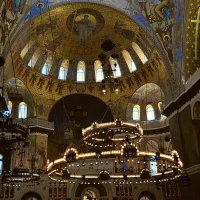 В храме :: Валерий Пославский