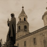 Старый Кашин. Памятник Анне Кашинской. :: Людмила Гулина