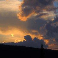 Вечернее небо :: Сергей Чиняев