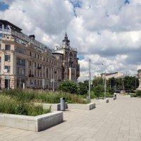 Тургеневская площадь,взгляд на Сретенский бульвар... :: Anatoley Lunov