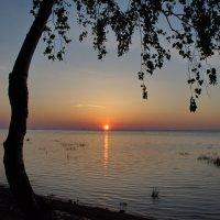 Ах какая тишина и легкое дыханье волн прибрежных....... :: Валентина Папилова