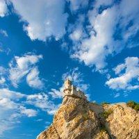 Ласточкино гнездо :: Сергей Титов
