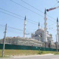 Новый мусульманский символ Крыма :: Александр Рыжов