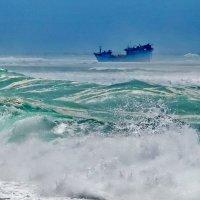 Шторм на Бали. :: Юрий Гилёв