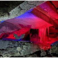 Кунгурская ледяная пещера :: Любовь Чунарёва