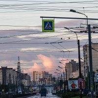 отсветы восхода в городе :: navalon M
