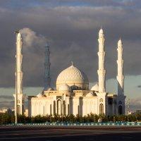 Мечеть Хазрет Султан в г. Нур-Султане :: TATYANA PODYMA