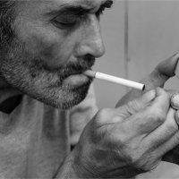 Закури сигарету :: Света Кондрашова