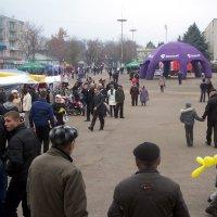 Город празднует 340-летие :: Леонид Плыгань