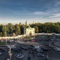 Вид из окна г-цы  МОСКВА  Питер :: Юрий Бичеров