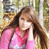 Девушка-загадка :: Дарьяна Вьюжанина