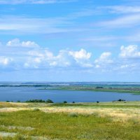 Вид с Рычковской горы на Дон-батюшку :: Александр