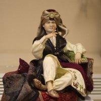 На выставке кукол. :: Nonna