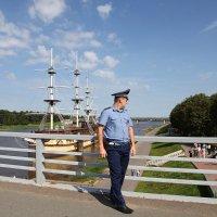 страж порядка. Новгород :: Наталья