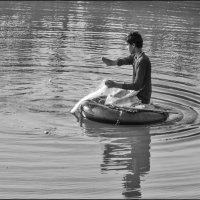 Рыбак-жизнь прекрасно :: Юрий Ходзицкий