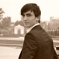 Я :: Alisher Ahmadaliev