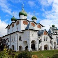 Николо-Вяжищский монастырь :: Евгений Никифоров