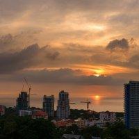 Застройка отелей на побережье Паттайи.Тайланд(24.11.13...17:15) :: Юрий Морозов