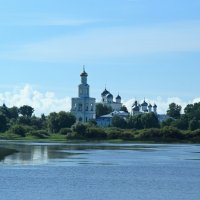 Юрьевский монастырь. Вид с озера Мячино. :: Евгений Никифоров