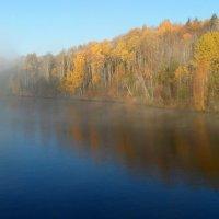 Октябрь. Утро на реке Свирь :: Юрий Цыплятников