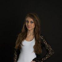 Портрет Вики :: Женя Рыжов