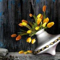 Люстровые цветы :: Елена Строганова
