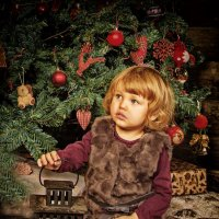 Сонечка ищет подарки :: Наташа Родионова
