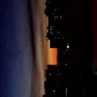 закат в городе :: Владимир Смолянкин