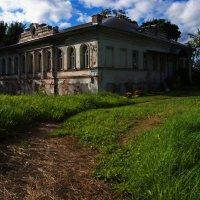 Старое здание Углича :: *Марiя *