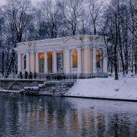 Санкт-Петербург, павильон Росси в Михайловском саду. :: Александр Дроздов