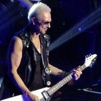Обаятельный гитарист у Скорпов, Rudolf Schenker :: Dmitry S.
