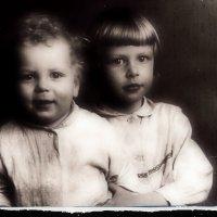 Старое фото, автопортрет с братом :: sv.kaschuk