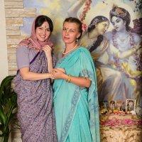На ведическом празднике ,,Говардхана - Пуджа,, :: Ринат Валиев
