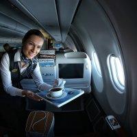 Мне улыбалась стюардесса, надежная как весь воздушный флот... :: Roman Mordashev
