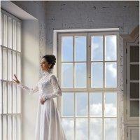 У окна :: Ренат Менаждинов