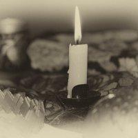 Пока горит свеча... :: Михаил Петрик