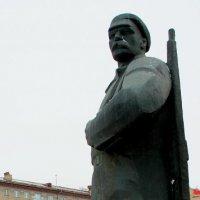 памятник :: Сергей Петрин