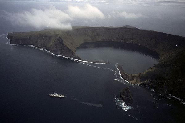 10 крайне отдалённых и запредельно красивых мест на Земле