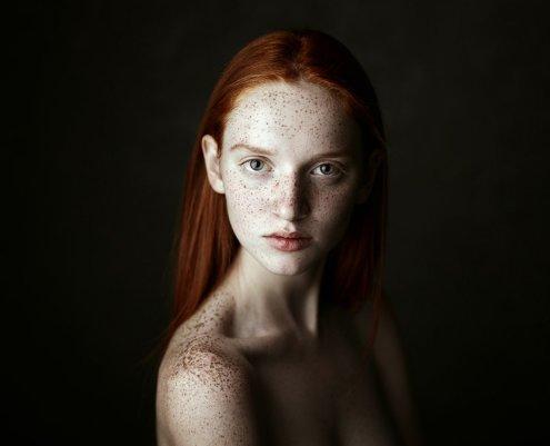 Портреты с простым фоном и освещением