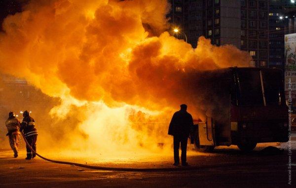 Пожар автобуса в Москве