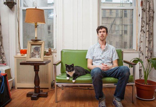 фото мужчина и кот