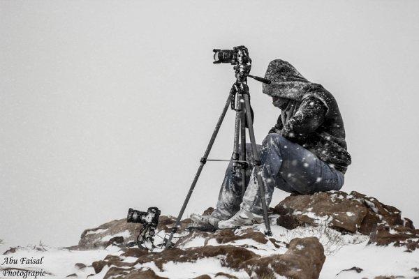 Профессиональный фотограф - Изо всех сил, не смотря ни на что. Автор фото: Абу-Фейсал Аль-аньези