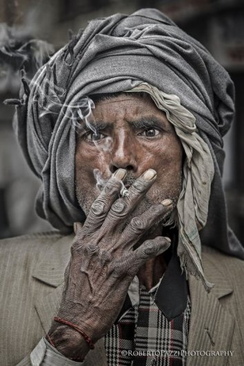 портрет пожилых людей из Индии