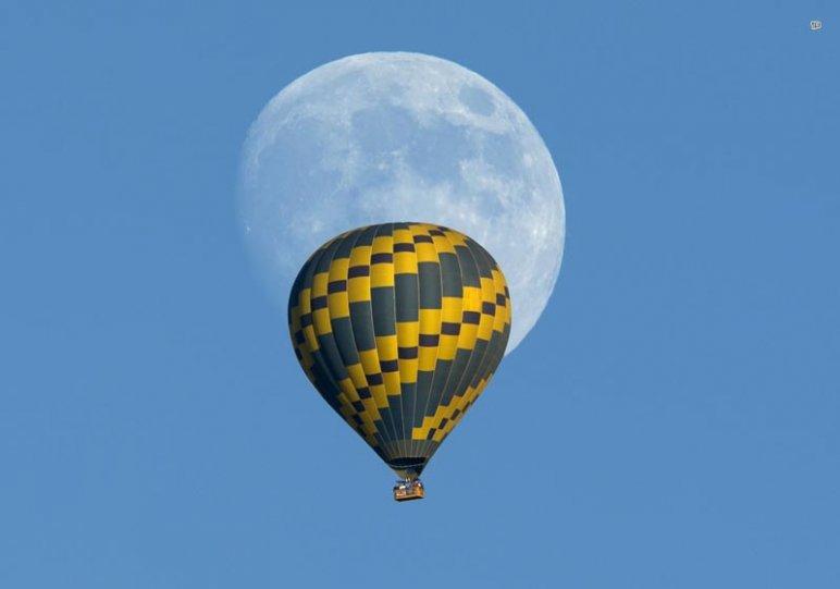 Фотограф: Mike Blake — фото Полнолуния 22