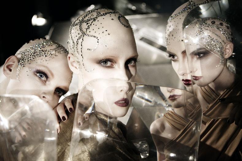 Самый необычный fashion-фотограф современности Eugenio Recuenco - №5