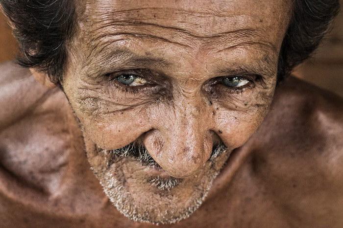 """Глаза людей и """"скрытая"""" улыбка в фотографиях французского фотографа Рехана - №4"""
