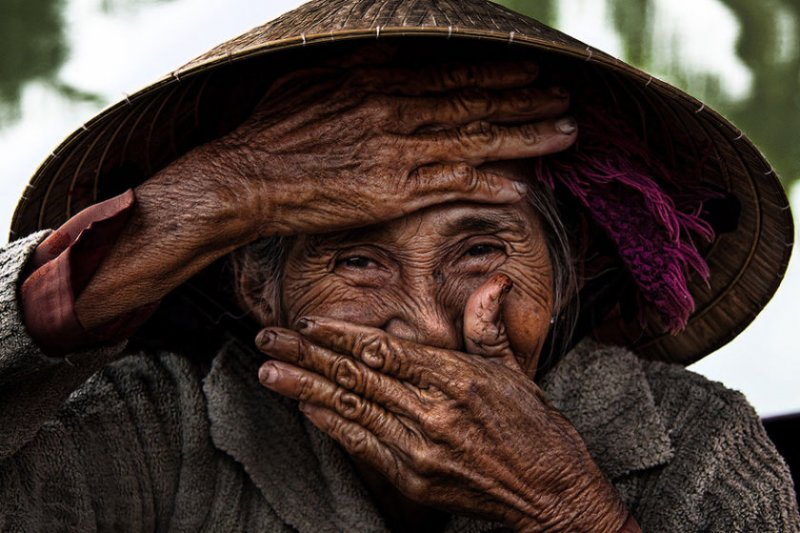 """Глаза людей и """"скрытая"""" улыбка в фотографиях французского фотографа Рехана - №1"""